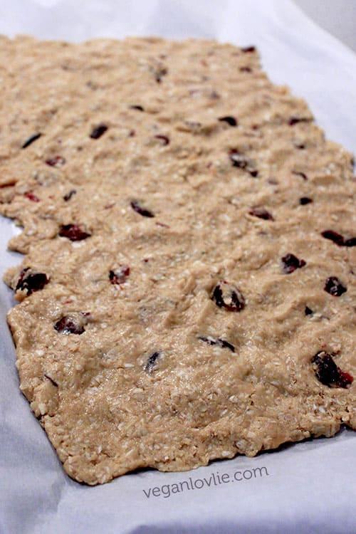 cranberry oat crispy cookies
