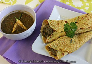 Crepes with coriander chutney