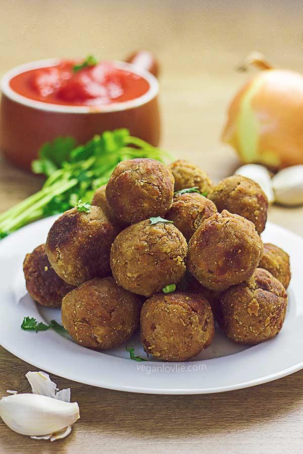 vegan meatballs, meatless meatballs, tvp meatless balls