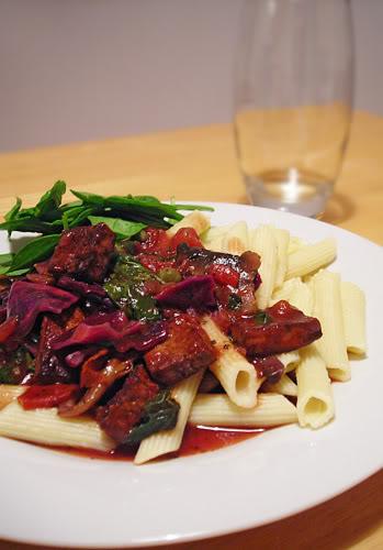 Tofu cabbage pasta