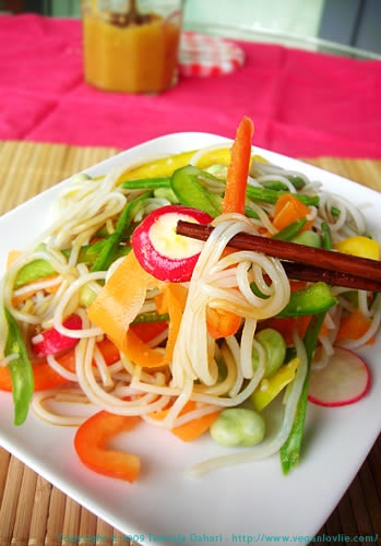 vegan asian noodle salad