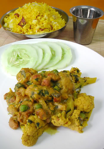 Kalia soya chunk curry with cauliflower