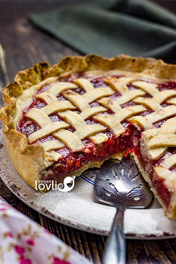 Cherry Rhubarb Pie & How to Avoid Soggy Pie Crust