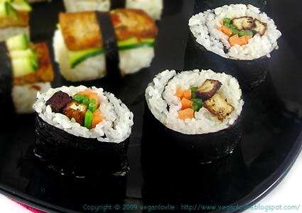vegan sushi, decorative roll