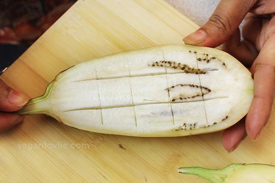 Eggplant / Aubergine Recipe with Fragrant Kalia Gravy / Curry Sauce