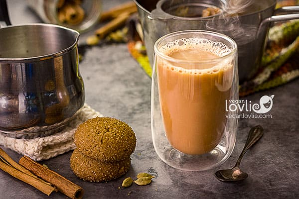 Spiced chai tea brewed with cardamom, cinnamon, ginger and a touch of vanilla, creamed with plant milk. Vegan chai tea recipe. Mauritian tea recipe.