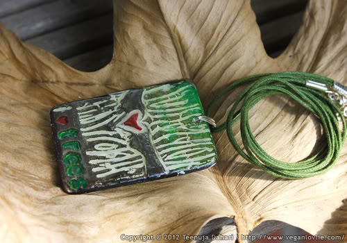 i heart trees pendant