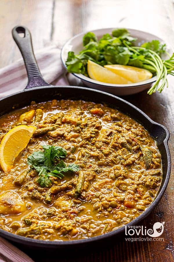 creamy lemony lentil curry