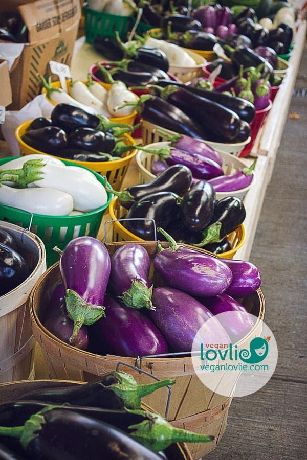 Marche Jean Talon - Eggplant / Aubergine