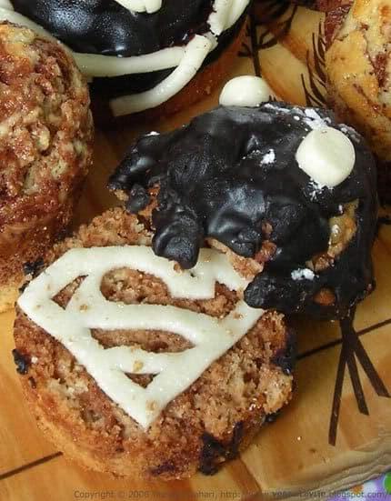 Superman Vegan Cupcakes