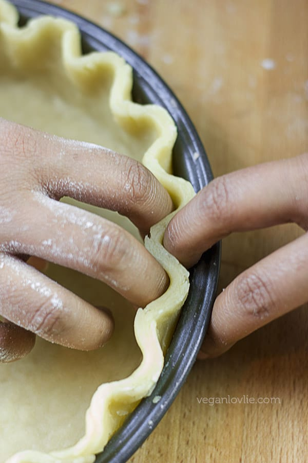 oil based vegan shortcrust pastry recipe (no butter, no margarine), made with aquafaba