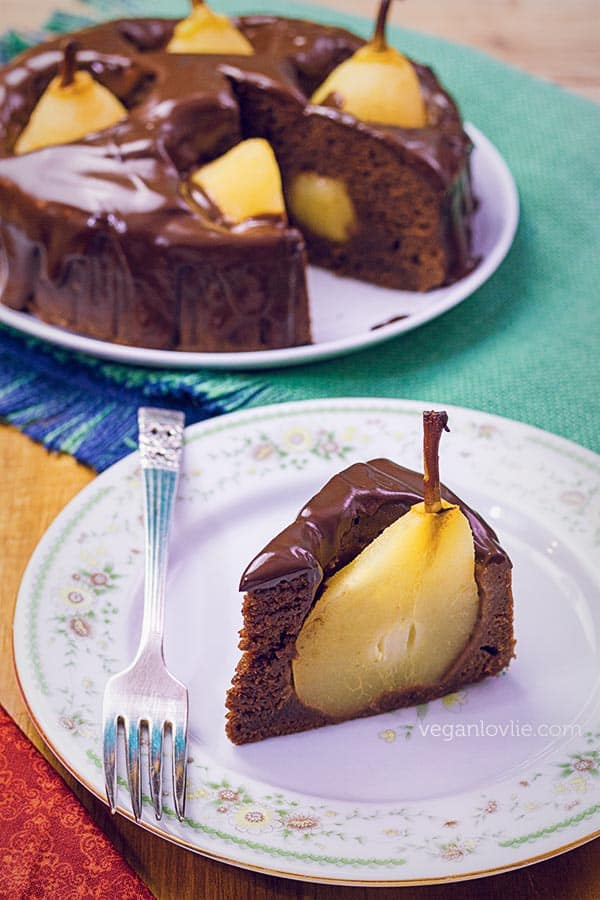 Pear Chocolate Cake in a Pressure Cooker