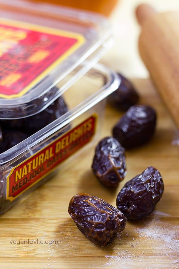 Pumpkin Date Roll Cookies, Vegan cookies inspired from Fig Rolls or Fig Newtons