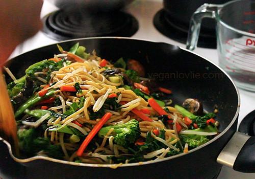 Stir-fried Vegetable Spaghetti, vegan/vegetarian recipe