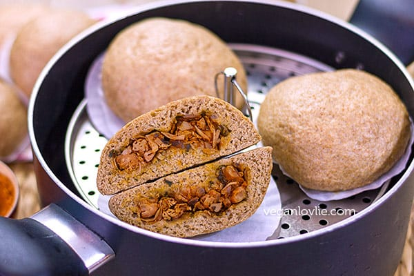 tandoori jackfruit bao or pao recipe, stuffed steamed buns