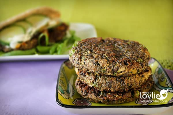 Veggie lentil burger, vegan lentil burger recipe, veggie burger recipe